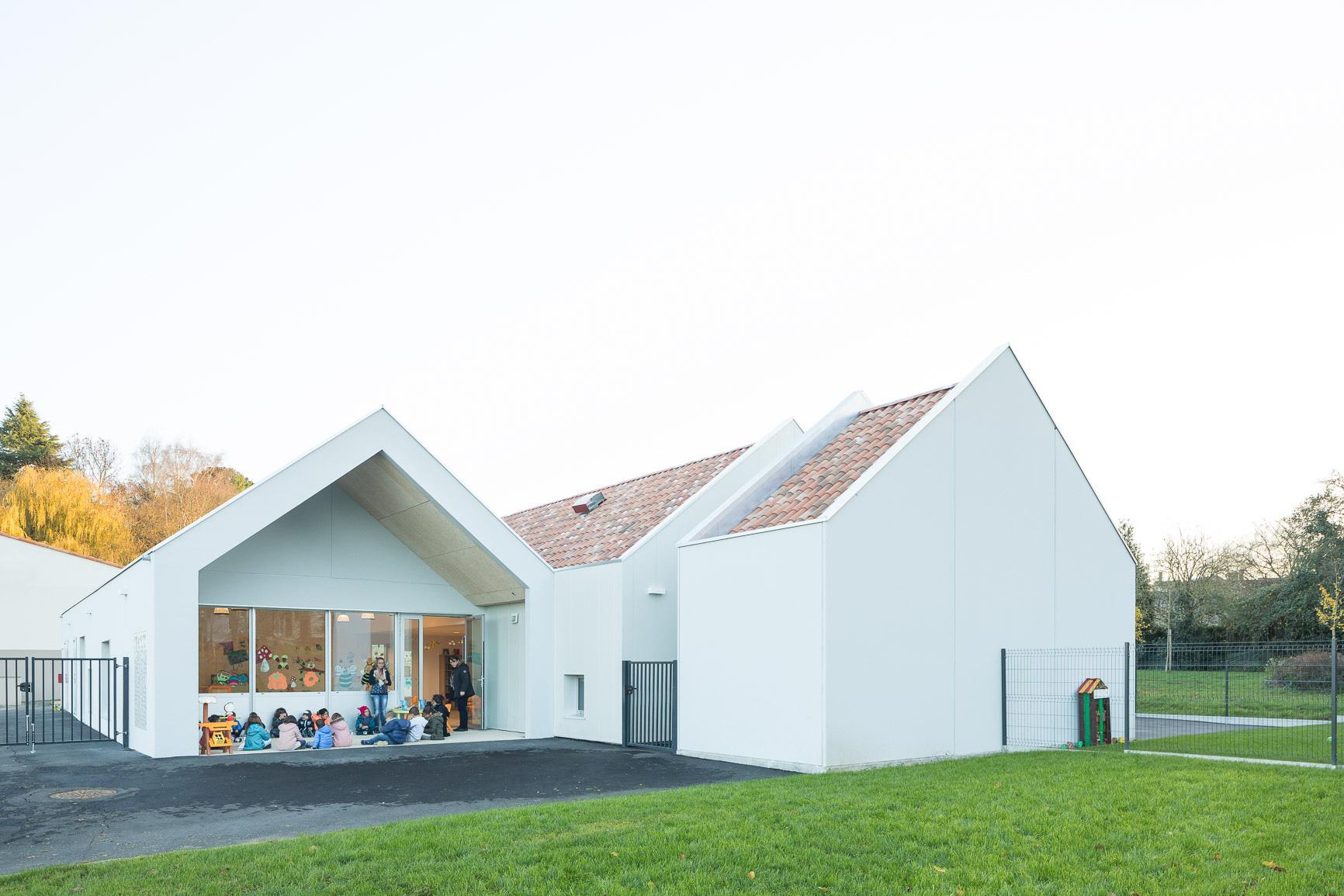 MKH architecte Centre de loisirs Nantes 44 batiment public